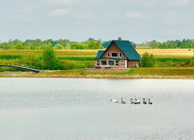 Wildlife-Lakes-Cabin